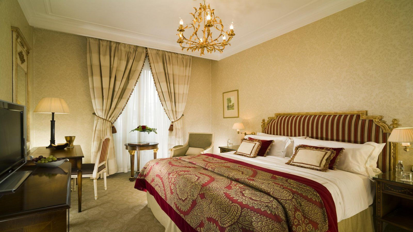 EXECUTIVE SUITE SOFIA HOTEL BALKAN